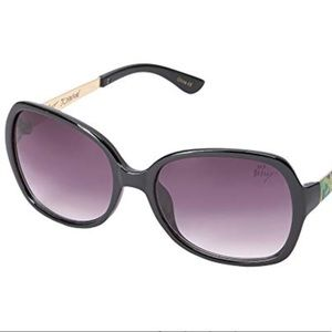 NWT Betsey Johnson BJ863136 Sunglasses